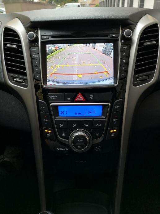 Hyundai i30 1,6 CRDi CW, Business Paket, HR Navi, Kamera, PDC, ALU