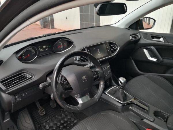 Peugeot 308 SW 1,6 BlueHDi, Panorama, HR Navi, Nove gume, Reg 10/2020