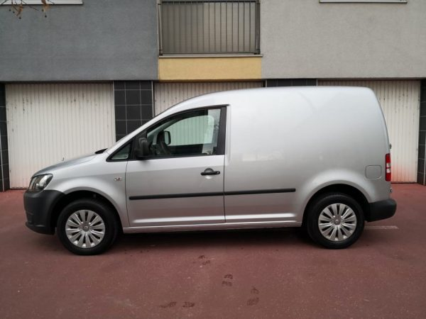 VW Caddy 1,6 TDI 102KS *N1* 8 KOTAČA, HR Navi, Servisna, Reg 12/2020