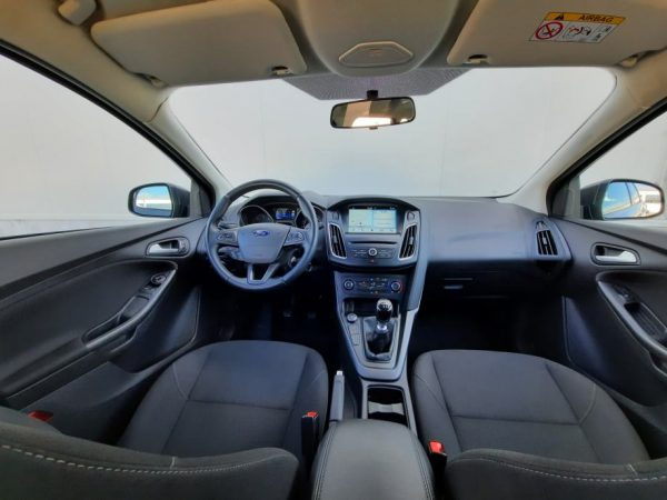 Ford Focus SW 1,5 TDCI 120KS, Business, Navi, 2 seta kotača, Garancija