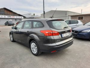 Ford Focus SW 1,5 Business, HR Navi, Servisna, Garancija, Reg 12/2021