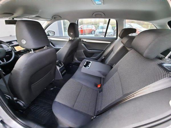 Škoda Octavia Combi 1,6 TDI 110KS, Navi, Alu 16″, Jamstvo, Novi servis