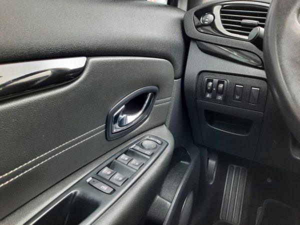 Renault Scenic dCi 110ks EDC automatik, Limited, HR Navi, PDC, Novi servis, Jamstvo